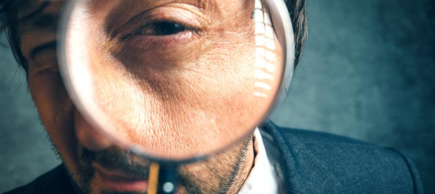 magnifying eyes ta