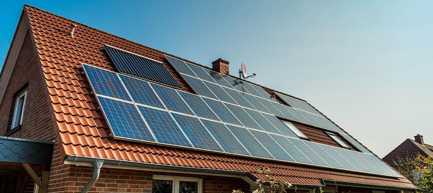 solar panels house ta