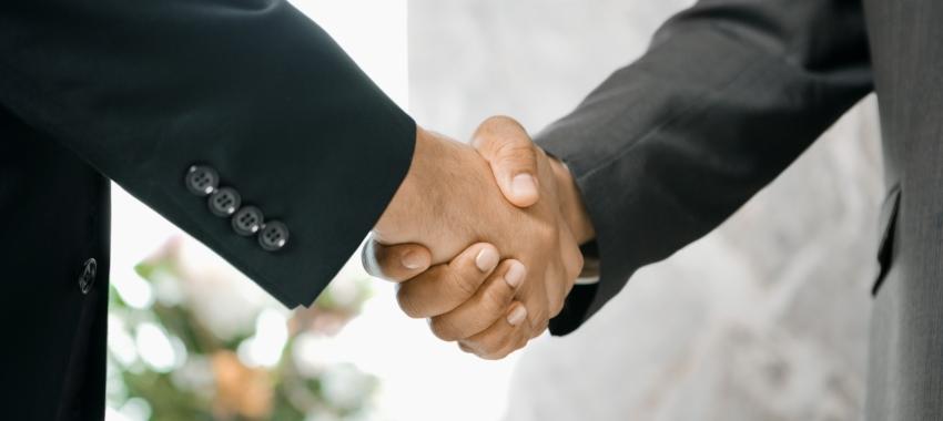 gentlmen handshake